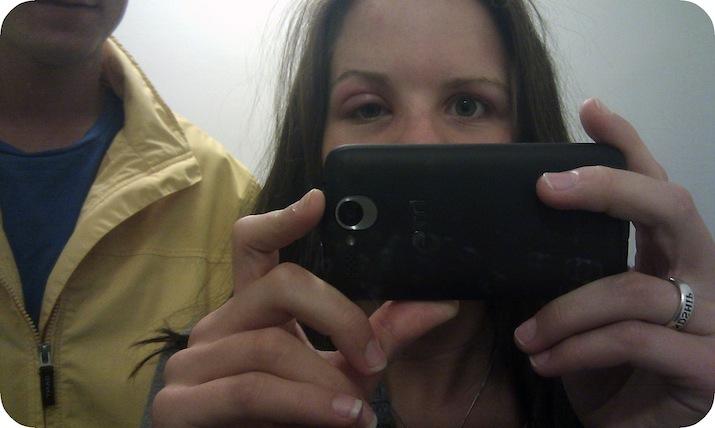 Bjuder på en bild från 2011 när jag vaknade halvblind på högeröga pga myggbett!
