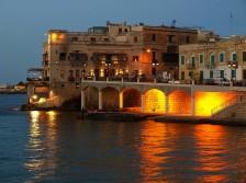 Restaurang vid havet på Malta